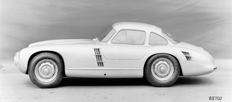 W194 protype-Mercedes-Benz_300_SL_Rennsport-Prototyp - foto Daimler