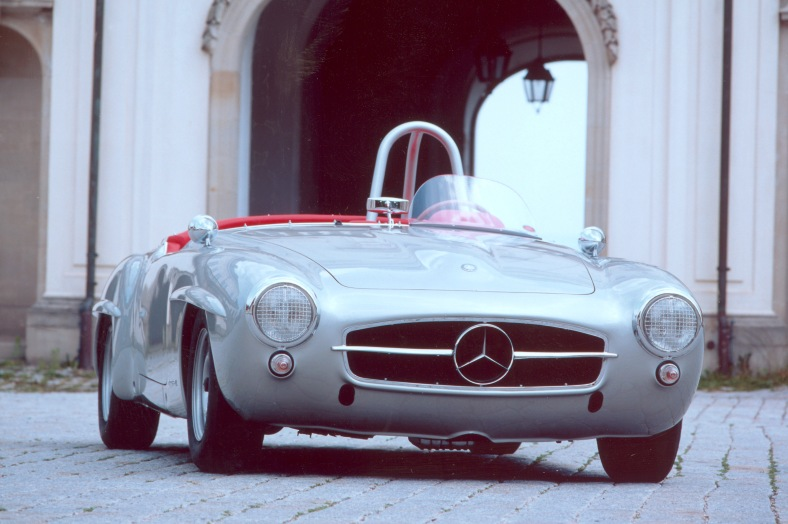 Mercedes-Benz_190_SL_racing_version_W_121_II_-_1955