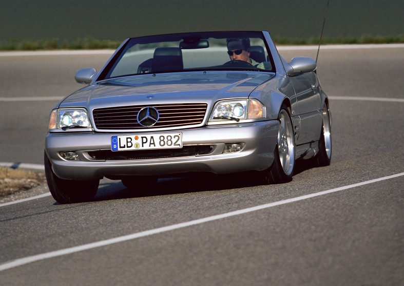 Mercedes-Benz_SL_73_AMG_(1999-2001)_of_the_R_129_series_(1989-2001)