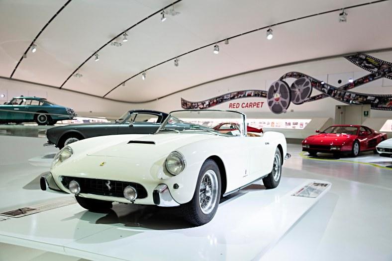 107946-160002_museo-modena-250-gt-cabriolet-pininfarina